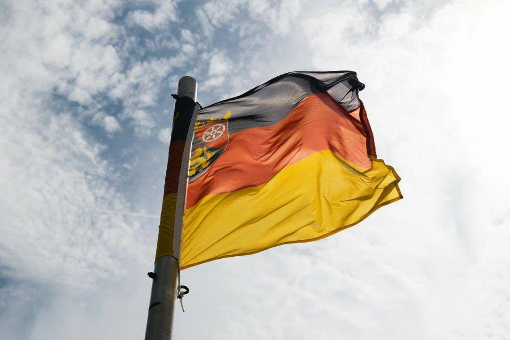 Symbolbild Flagge Rheinland-Pfalz RLP (Foto: Pixabay)