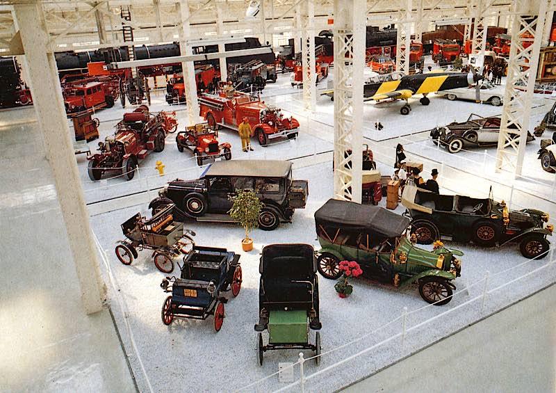 Die Oldtimer-Sammlung in der Liller Halle 1991 (Quelle: TMSP)