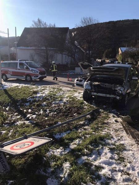 Verkehrsunfall im Bereich Dammstraße (Foto: Polizei RLP)