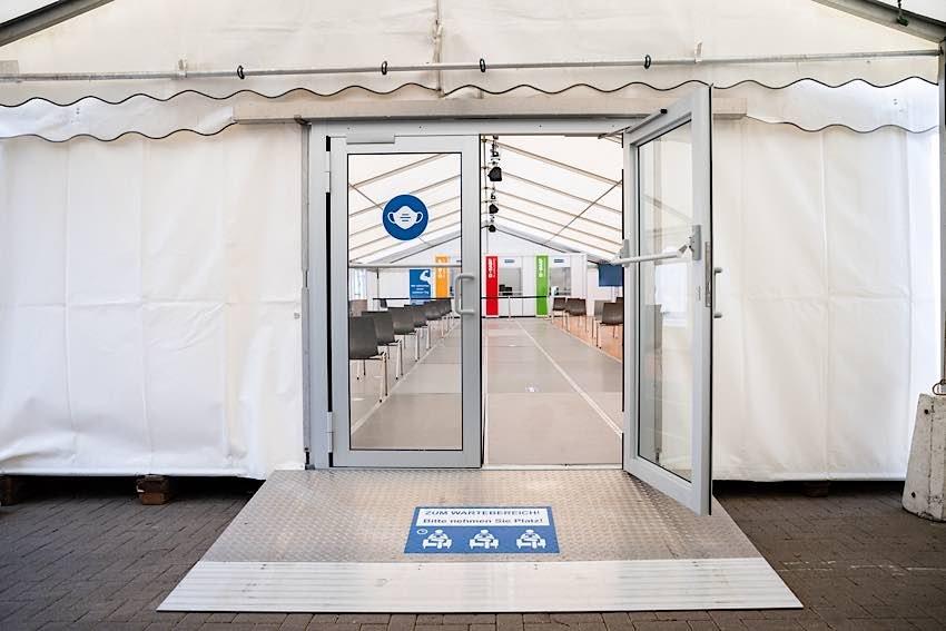 """Als erstes Unternehmen in Rheinland-Pfalz öffnet BASF die Tore für betriebliche Corona-Impfungen. Das Unternehmen ist Teil des Modellprojektes """"Betriebsarztimpfungen"""" in Rheinland-Pfalz. (Foto: BASF SE)"""
