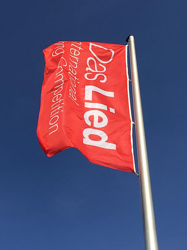 "Flagge ""Das Lied"" (Foto: Jane Pagel)"