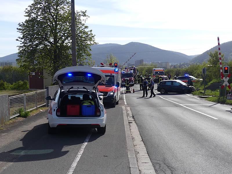 Unfall am Bahnübergang (Foto: Feuerwehr Neustadt)
