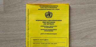 Symbolbild Impfpass (Foto: Holger Knecht)