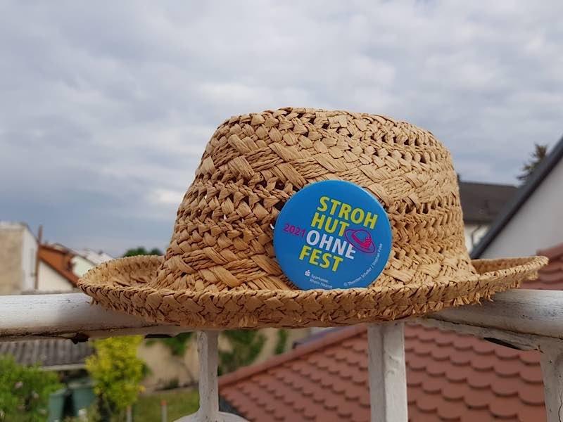 Strohhutfest-Button (Foto: Pressestelle Stadt Frankenthal)