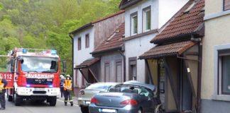 Verkehrsunfall auf der B 39 (Foto: Feuerwehr Neustadt)