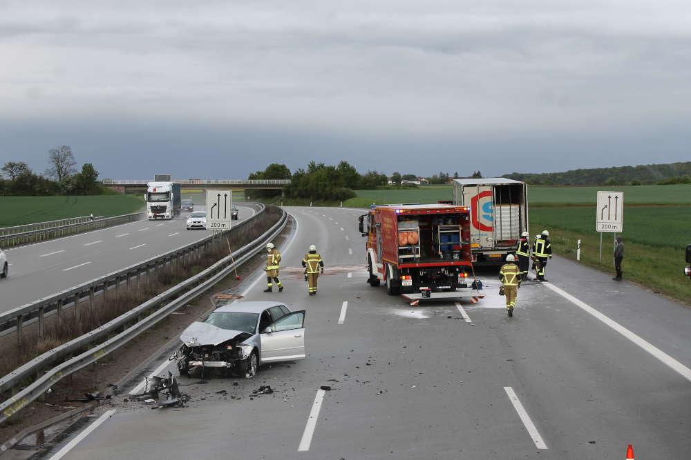 Die Unfallstelle auf der A 6 (Foto: Polizei RLP)
