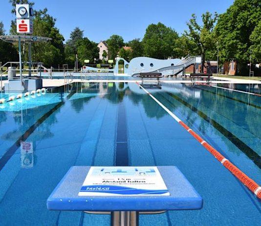 Mit dem Familienpass können Kinder das Freibad am Prießnitzweg für 0,50 Euro besuchen; Erwachsene zahlen einen Euro. (Quelle: Stadt Landau)