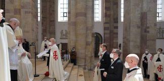 Investitur des Ritterordens (Foto: Bistum Speyer / Klaus Landry)