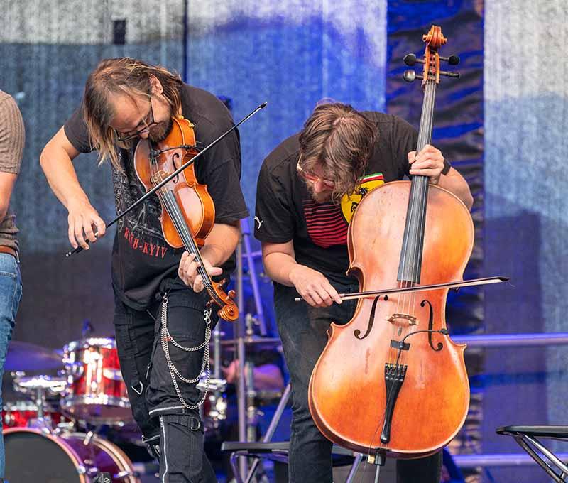 """""""Simon & Garfunkel – Tribute"""" in Eisenberg (Foto: Helmut Dell)"""