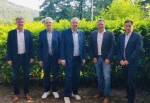 Das geschäftsführende Präsidium des SWFV, von links: Thomas Bergmann (Vizepräsident Recht), Jürgen Veth (1. Vizepräsident), Dr. Hans-Dieter Drewitz (Präsident), Hans-Jörg Hoch (Vizepräsident Finanzen) sowie Geschäftsführer Michael Monath. (Foto: SWFV)