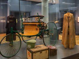 """Blick in die Ausstellung """"Belle Époque"""". Sie zeigt, wie Mannheim um 1900 zur aufstrebenden Metropole wurde. (Quelle: rem, Foto: Rebecca Kind)"""