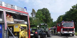 Der Fahrer des Golfs verstarb an der Einsatzstelle (Foto: Feuerwehr Neustadt)