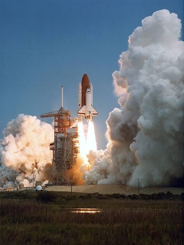 Start der Raumfähre Columbia zur Mission STS-3 am 22. März 1982. (Foto: NASA)