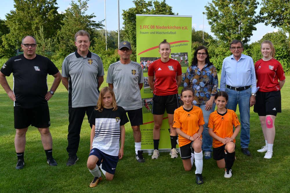 Kooperation mit JSV Leinigerland (Foto: 1.FFC Niederkirchen)
