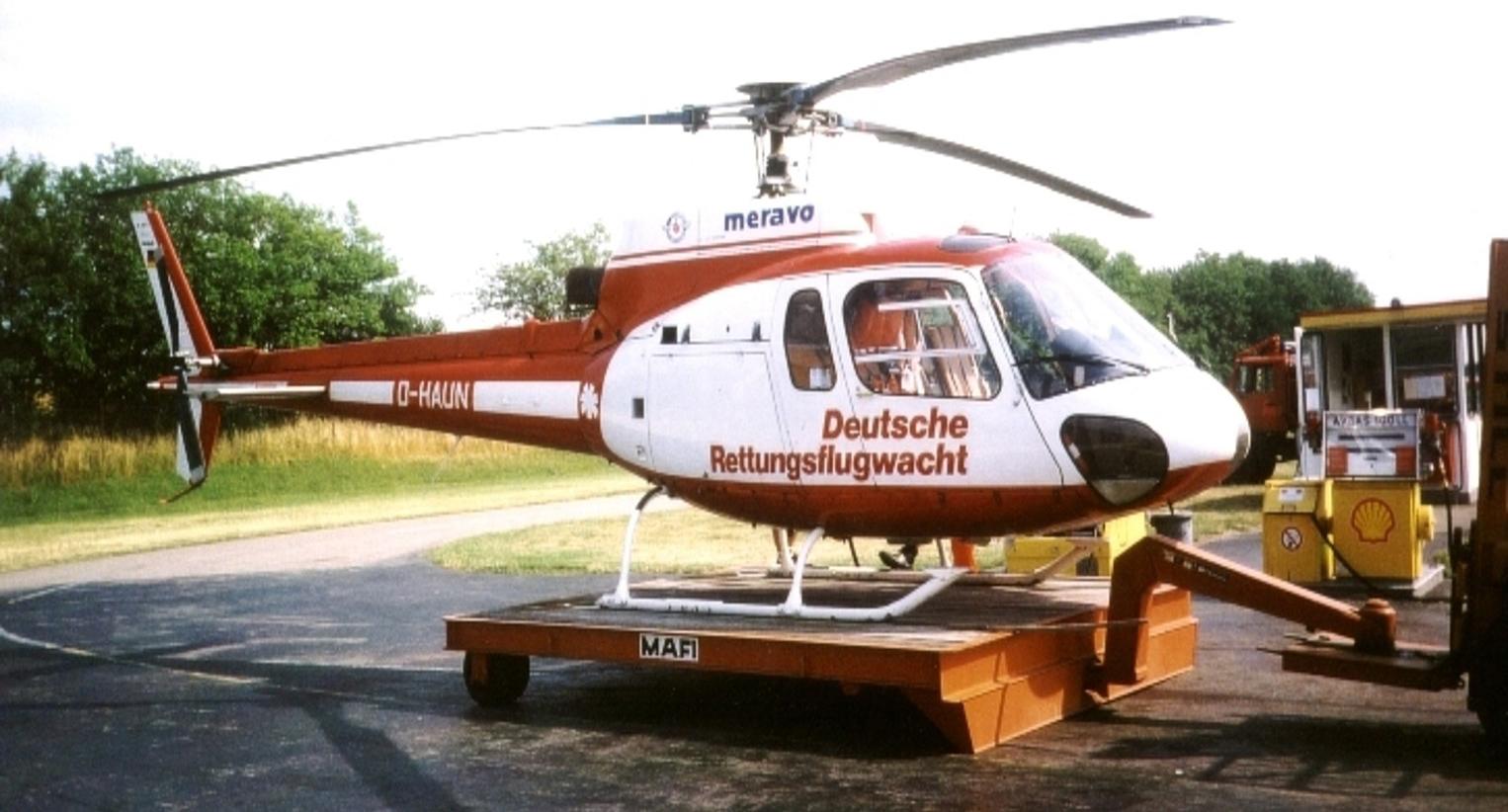 """Der erste Hubschrauber an der Station Mannheim der DRF Luftrettung: Eine Ecureuil AS 350 (""""Eichhörnchen"""") (Quelle: DRF Luftrettung)"""