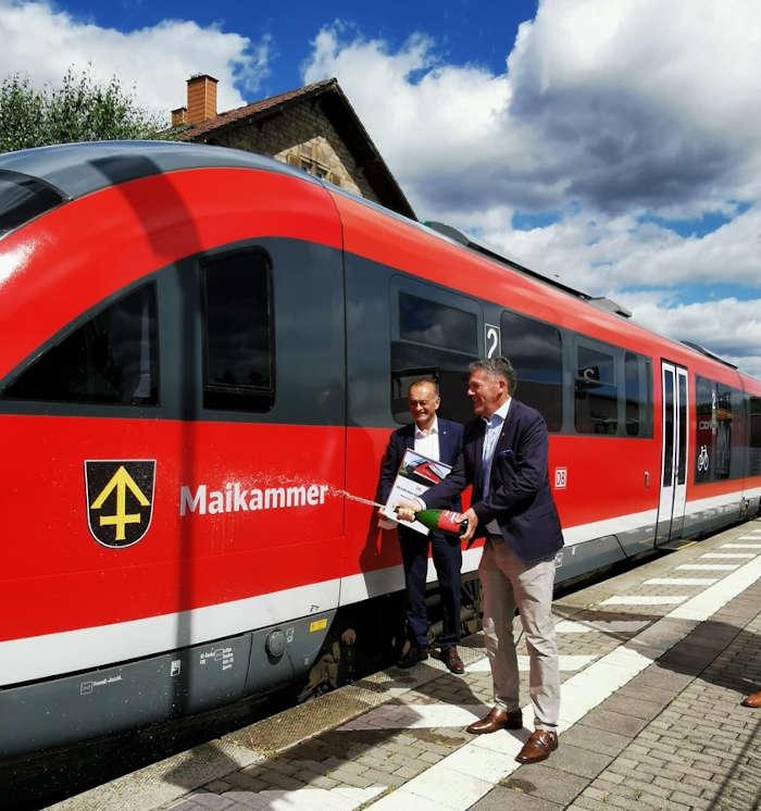 Dr. Fritz Brechtel und Bürgermeister Karl Schäfer (Foto: Büro für Tourismus Maikammer)