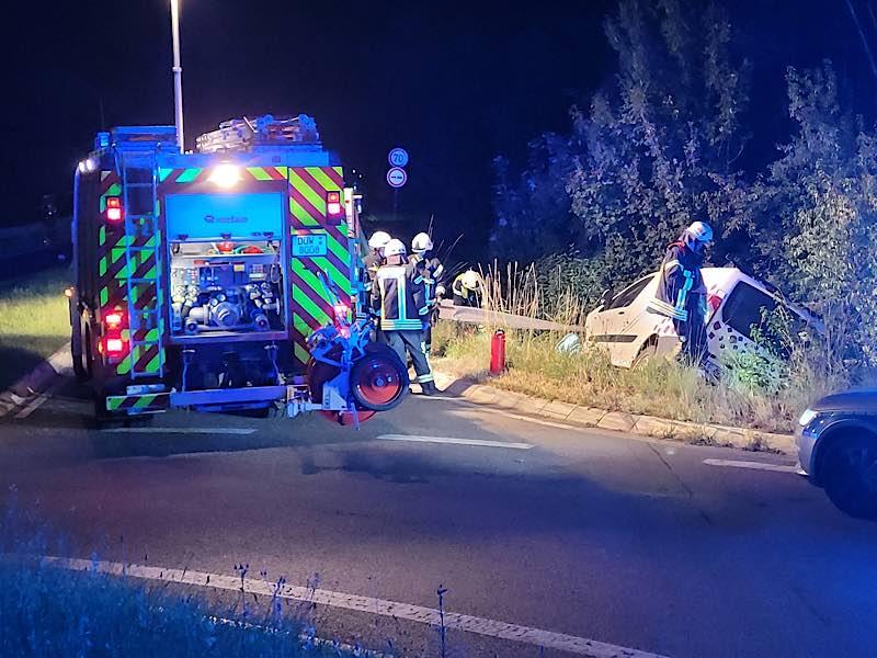 Verkehrsunfall auf der L529 (Foto: Feuerwehr Haßloch)
