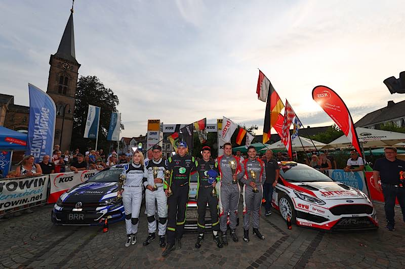 Die Sieger der diesjährigen ADAC Saarland-Pfalz Rallye (Foto: PR/ADAC e.V.)
