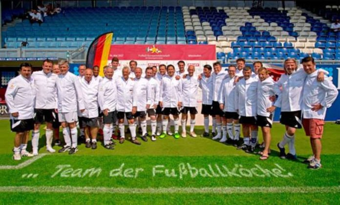 Deutsche Fußballmannschaft der Spitzenköche & Restaurateure (Foto: Fussballkoeche.de)